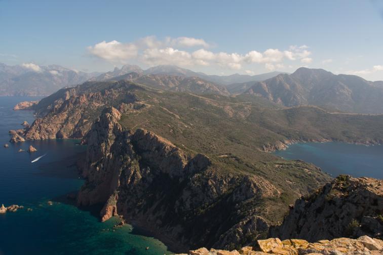 Nettoyage intérieur & randonnée en Corse